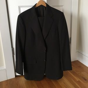 Gucci Brown 2 piece suit, Tom Ford era, size 48